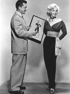 """Gentlemen Prefer Blondes""Marilyn Monroe withTravilla (Costume Designer) © 1953 / 20th Century Fox**R.C. - Image 5709_0033"