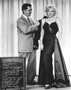 """Gentlemen Prefer Blondes""Marilyn Monroe with Travilla , Costume Desinger © 1953 / 20th Century Fox**R.C. - Image 5709_0038"