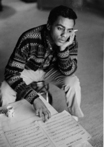 Johnny Mathis at home, Beverly Hills, CA, 1958. © 1978 Bob Willoughby / MPTV - Image 5718_1