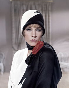 "Julie Andrews in ""Thoroughly Modern Millie""1967 Universal** B.D.M. - Image 5722_0215"