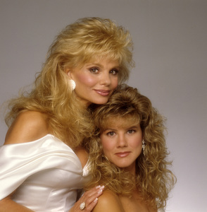 Loni Anderson with her daughter Deidre Hoffmancirca 1980s© 1980 Mario Casilli - Image 5727_0054