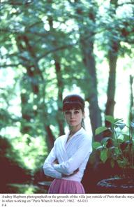 """Paris When It Sizzles""Audrey Hepburn1962 / Paramount © 1978 Bob Willoughby - Image 5734_0052"