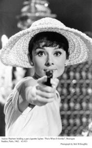 """Paris When It Sizzles""Audrey Hepburn1962 / Paramount © 1978 Bob Willoughby - Image 5734_0115"