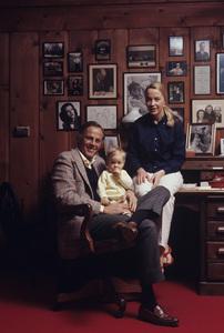 McLean Stevenson at home1971© 1978 Gene Trindl - Image 5743_0007