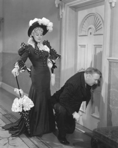 """My Little Chickadee""Mae West, W.C. Fields1940 Universal**I.V. - Image 5750_0021"