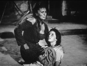"Sophia Loren  and Eleanora Brownin ""Two Women,"" 1960. - Image 5752_0003"