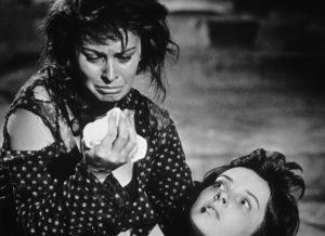 "Sophia Loren and Eleanora Brownin ""Two Women,"" 1960. - Image 5752_0006"