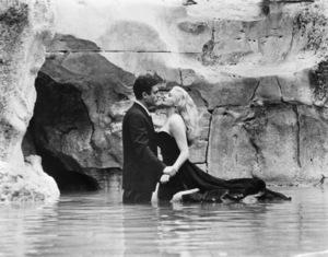 """""""La Dolce Vita""""Marcello Mastroianni, Anita Ekberg1960** I.V. - Image 5754_0038"""