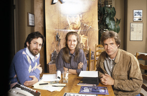 Steven Spielberg, Melissa Mathison and Harrison Ford in Spielberg