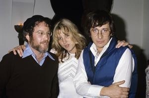 Steven Spielberg with Richard Dreyfuss and Sally Kirklandcirca 1975© 1978 Gary Lewis - Image 5817_0094