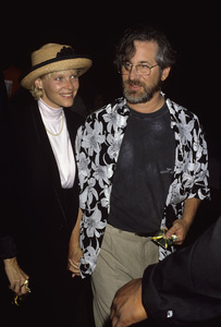 Steven Spielberg and Kate Capshaw1990© 1990 Gary Lewis - Image 5817_0105