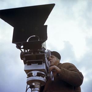 """Satyricon""Federico Fellini on set1969** I.V.C. - Image 5833_0061"