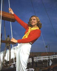 Lizabeth Scottcirca 1945Photo by Bud Fraker**I.V. - Image 5839_0040