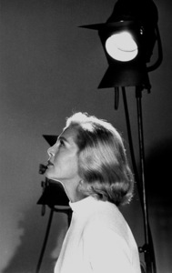 Lizabeth Scott profile, 1956. © 1978 Bill AveryMPTV - Image 5839_26