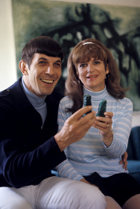 Leonard Nimoy with wife Sandra Zober at home in Westwood, California 1966 © 1978 Gunther - Image 5846_0037