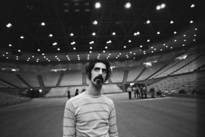 Frank Zappa at the UCLA Pauley Pavilion for rehearsal before his performance with Zubin Mehta and the Los Angeles Philharmonic1970© 1978 Gunther - Image 5872_0041