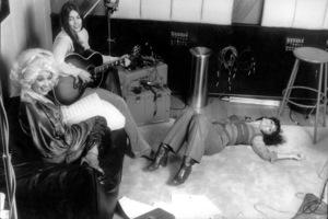 Linda Ronstadt, Dolly Partonand Emmylou HarrisFebruary, 1978 © 1978 Ed Thrasher - Image 5881_0026