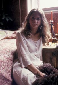 Lindsay Wagner at home1976 © 1978 Bregman - Image 5887_0003