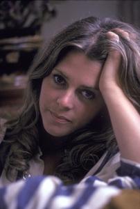 Lindsay Wagner at home1976 © 1978 Bregman - Image 5887_0019
