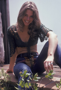 Lindsay Wagner at home1976 © 1978 Bregman - Image 5887_0030
