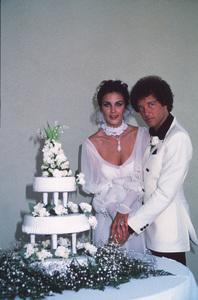 Lynda Carter at her wedding to Ron Samuels1977 © 1978 Gene Trindl - Image 5896_0032
