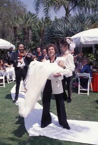Lynda Carter at her wedding to Ron Samuels1977 © 1978 Gene Trindl - Image 5896_0042