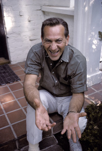 Jack Klugman at home1964 © 1978 Gene Trindl - Image 5901_0025