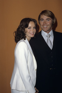 Jaclyn Smith and Dennis Colecirca 1980© 1980 Gary Lewis - Image 5917_0078