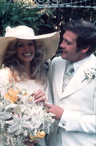 Farrah Fawcett and Lee Majors on their wedding dayJuly, 28, 1973 © 1978 Bruce McBroom - Image 5928_0016