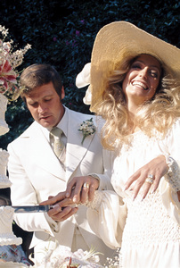 Farrah Fawcett with husband Lee Majors on their wedding dayJuly 28, 1973 © 1978 Bruce McBroom - Image 5928_0025