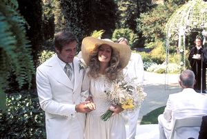 Farrah Fawcett with husband Lee Majors on their wedding dayJuly 28, 1973 © 1978 Bruce McBroom - Image 5928_0026