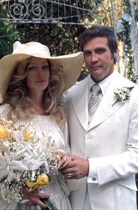 Farrah Fawcett with husband Lee Majors on their wedding dayJuly 28, 1973 © 1978 Bruce McBroom - Image 5928_0035