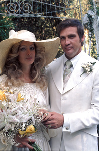 Farrah Fawcett with husband Lee Majors on their wedding dayJuly 28, 1973 © 1978 Bruce McBroom - Image 5928_0035