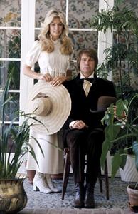 Farrah Fawcett with husband Lee Majors posing for their engagement photo circa 1973 © 1978 Bruce McBroom - Image 5928_0036