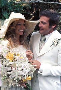 Farrah Fawcett with husband Lee Majors on their wedding dayJuly 28, 1973 © 1978 Bruce McBroom - Image 5928_0037