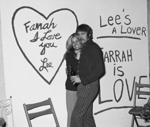 Farrah Fawcett and Lee Majors at her birthday party02-02-1971 © 1978 Roy Cummings - Image 5928_0227