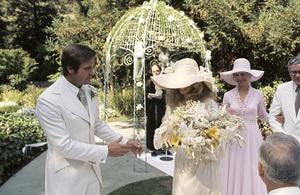 Farrah Fawcett with husband Lee Majors on their wedding day July 28, 1973 © 1978 Bruce McBroom - Image 5928_0235
