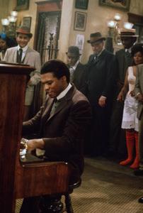"""Billy Dee Williams in """"Scott Joplin""""1977 ** B.D.M. - Image 5936_0033"""