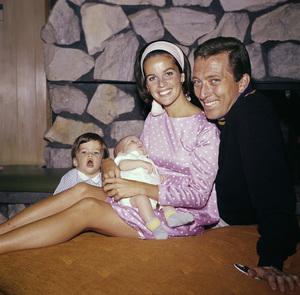 Andy Williams with wife Claudine Longet and childrencirca 1965© 1978 Bernie Abramson - Image 5940_0031