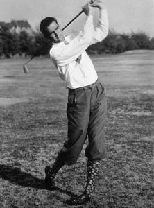 Howard Hughespracticing his golf swing1938 - Image 5944_0004