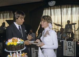 Gabriel Ferrer and Debby Boone on their wedding day1979© 1979 Gene Trindl - Image 5953_0007