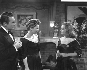 """""""All About Eve""""Gary Merrill, Anne Baxter & Bette Davis1950 20th Century Fox**I.V. - Image 5956_0026"""