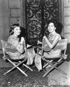 """""""What Ever Happened To Baby Jane""""Bette Davis and Joan Crawford behind the scenes.1962 / Warner - Image 5959_0013"""