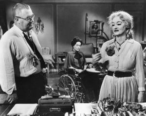 """What Ever Happened To Baby Jane""Joan Crawford, Bette Davis1962 / Warner - Image 5959_0014"