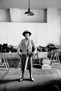 Coco Chanel in her Paris studio 1956 © 2000 Mark Shaw - Image 5970_0017