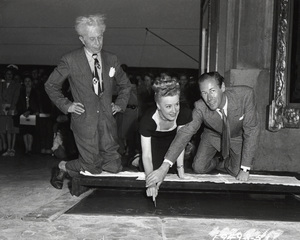 Irene Dunne, Rex Harrison and Sid Grauman at the Chinese Theatre Handprint Ceremony1946**I.V. - Image 5974_0544
