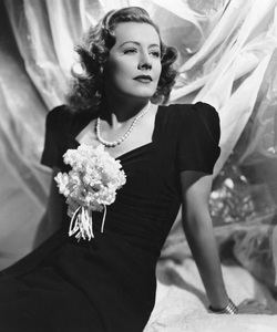 Irene Dunnecirca 1943**I.V. - Image 5974_0547