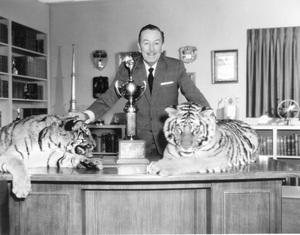 Walt Disneycirca 1955 - Image 5975_0020