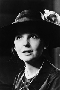 """""""The Godfather: Part II""""Diane Keaton1974 Paramount PicturesPhoto by Bruce McBroom - Image 5993_0017"""