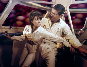 """""""Fantastic Voyage""""Raquel Welch, Stephen Boyd1966 20th Century © 1978 Ted Allan - Image 6013_0025"""